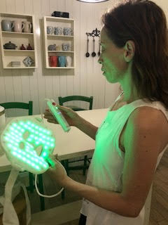led facial light therapy mask